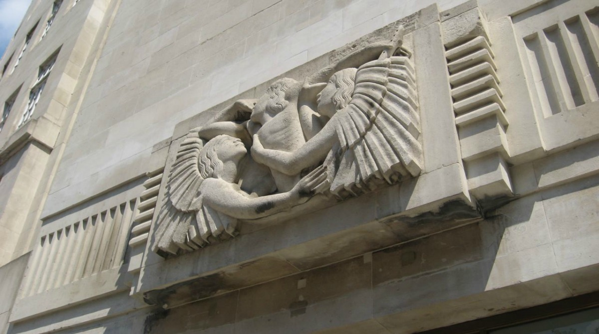 bbc_broadcasting_house_eric_gill