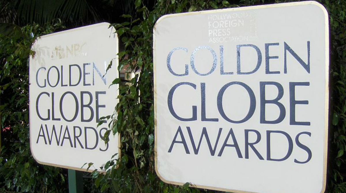golden-globe-awards-signs